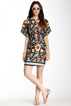 6f11241385 Vertigo Printed Pullover Kimono Dress Mod Look