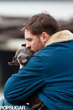 Tom Hardy on set with a puppy | Take a better look at these cute pictures!