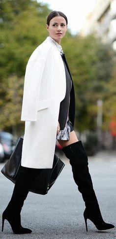 #Seguici diventa nostra fan ed entrerai nel mondo fantastico del Glamour  Shoe shoes scarpe bags bag borse fashion chic luxury street style moda donna