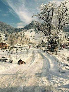 Winter in Transylvania Winter Love, Winter Snow, Visit Romania, Foto Fun, Winter Magic, Winter's Tale, Winter Scenery, Snowy Day, Snow Scenes