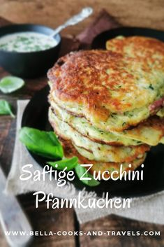 Great recipe for juicy zucchini pancakes - Healthy Dishes, Healthy Eating, Healthy Recipes, Dinner Recipes Easy Quick, Great Recipes, Zucchini Pancakes, Vegetarian Cooking, Pasta Dishes, Cooking Time