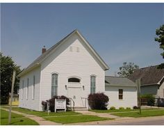 Active Commercial Property - 610 9th Ave, Marion, IA 52302 - Coldwell Banker Hedges Realty