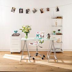 Ambientes que inspiran al momento del trabajo o del estudio. #Office #Diseño #Estilo #Escritorio #Silla #Ambientes #Easy