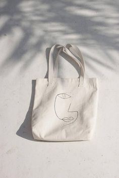 Line Drawing 1 Tote