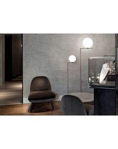 Ic lights floor lamp providing diffused light, find more details on the official Flos Website. Perriand, Standard Lamps, Structure Metal, Luminaire Design, Diffused Light, Living Room Lighting, Floor Lamp, Dining Chairs, House Design