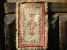 Svensk fell Sheepskin Rug, Norway, Bohemian Rug, Fiber, Crafty, Wool, History, Rugs, Projects