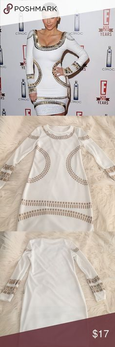 White Mini! NWT!!! White mini inspired by Kim K! Long sleeve mini. Has a bit stretch. Size medium best fit for a 4-6 us size. Dresses Mini