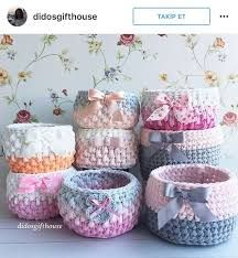 Crochet baskets to use at home - Ленточная пряжа Crochet Bowl, Crochet Diy, Crochet Home Decor, Love Crochet, Crochet Gifts, Crochet Storage, Crochet Projects, Yarn Projects, Crochet Patterns