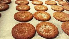 Fariinisokerikeksit (gluteeniton) Sweet Tooth, Muffin, Food And Drink, Gluten Free, Homemade, Cookies, Baking, Breakfast, Desserts