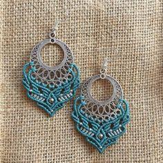 Diy Crafts - Macrame green earrings with silver hoop element. Those earrings are made in cotton wax treat with macrame technique. The earrings can be Macrame Earrings Tutorial, Macrame Necklace, Macrame Jewelry, Macrame Bracelets, Crochet Earrings, Bohemian Jewelry, Bohemian Style, Big Earrings, Green Earrings