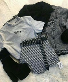 Nuevos ingresosssssss Nuevos ingresosssssss Source by edgy Source by WomenClothesFashionus Fashion outfits Teenage Outfits, Teen Fashion Outfits, Fashion Mode, Cute Fashion, Outfits For Teens, Korean Fashion, Emo Fashion, Young Fashion, Fashion Tips