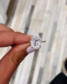 Thin Engagement Rings, Morganite Engagement, Engagement Ring Settings, Simple Elegant Engagement Rings, Solitaire Diamond Engagement Ring, Engagement Ring Vintage, Different Engagement Rings, Inexpensive Engagement Rings, Most Beautiful Engagement Rings