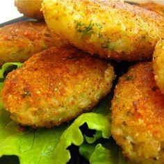 Луковые котлеты с картошкой и капустой
