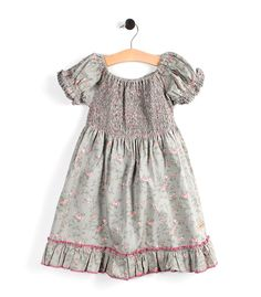 A very pretty Vintage Green Dress from My Cinnamon Girl Vintage Green, Summer Girls, Green Dress, Cinnamon, Little Girls, Summer Dresses, Pretty, Clothes, Fashion