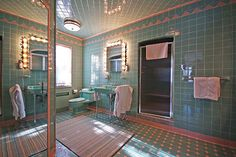 "This 1950 ""time capsule"" house in Grosse Pointe Park Michigan features SEVEN original vintage pastel bathrooms -- and much more. - April 20 2019 at 1950s Bathroom, Mid Century Bathroom, Vintage Bathrooms, Modern Bathroom, Tiled Bathrooms, Bathroom Vanities, Pastel Bathroom, Bathroom Colors, Aqua Bathroom"