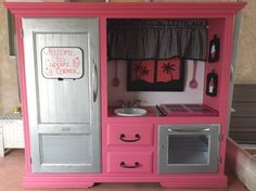 Lil' Girl's Play Kitchen - Teresa's Corner