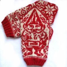 Gnome mittens