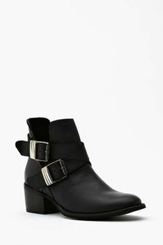 Steve Madden Grizz Strapped Boot