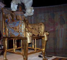 Tutankhamon s throne