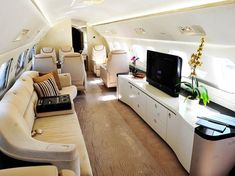 Embraer Lineage 1000 cabin