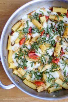 Easy Dinner Ideas for Two - One Pan Caprese Pasta - Quick, Fast and Simple Recipes to Make for Two People - Freeze and Make Ahead Dinner Recipe Tips for Best Weeknight Dinners - Chicken, Fish, Vegetable, No Bake and Vegetarian Options - Crockpot, Microwave, Healthy, Lowfat Options http://diyjoy.com/easy-dinners-for-two