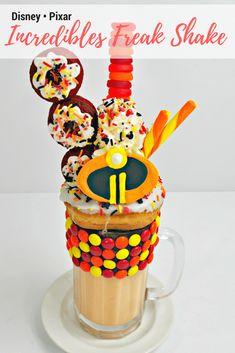 Disney Inspired Food, Disney Food, Disney Recipes, Disney Drinks, Red Velvet Donuts, Red Velvet Cake Mix, Frozen Desserts, Fun Desserts, Vanilla Ice Cubes