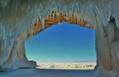 Apostle Islands ice caves  bayfield 6