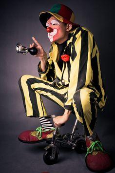 Clown on a bicycle by Adam Lai Le Clown, Clown Faces, Circus Clown, Creepy Clown, Circus Theme, Circus Room, Pierrot Clown, Vintage Circus Posters, Cyberpunk