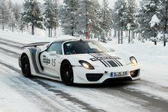 Porsche 918 rsr on snow