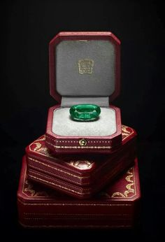 From Cartier's Royal Collection. I just #GotStoned