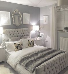 Attirant ιg: @aмoυr.pιιnĸ♚ Classy Bedroom Decor, Small Bedroom Ideas For Girls