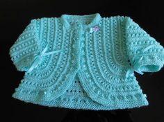 Dinâmica Das Agulhas E Fios By Vera Lichti: Beribboned Eyelets Jacket-Encomenda Por E Mail - Diy Crafts Easy Sweater Knitting Patterns, Baby Boy Knitting Patterns, Crochet Cardigan Pattern, Crochet Jacket, Knit Crochet, Knitted Baby Outfits, Crochet Baby Sweaters, Crochet Baby Boots, Crochet Clothes