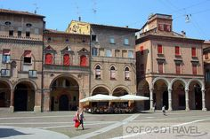 10 Affordable Restaurants to Visit in Bologna Bologna, Restaurants, Louvre, Mansions, House Styles, Building, Travel, City, Italia