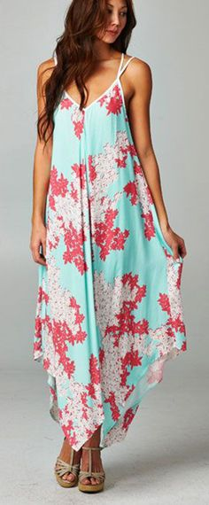 Dress in soft cascading layers. Brilliant on breezy casual days. ==