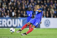 France midfielder Dimitri Payet scored a stunning free-kick in his side's 3-2 friendly win over Cameroon