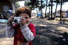 Rom's camp Casilino 900..Child photographer.