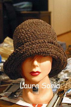 cloche crochet Laura Soria https://www.facebook.com/laura.soria.54