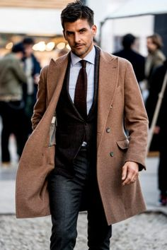 Today, our journey in is at an end. Thanks to for the Amazing men's styles inspirations. See you in next june! New York Winter Outfit, Winter Outfits Men, Casual Outfits, Street Style, Cool Street Fashion, Mens Overcoat, Mens Turtleneck, Mens Fashion Suits, Tatoo