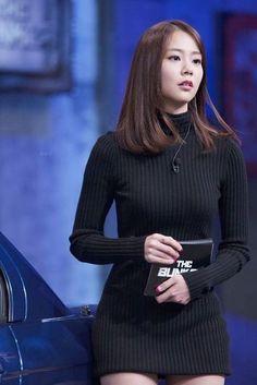 about time han seung-yeon Kpop Fashion, Korean Fashion, Asian Woman, Asian Girl, Seungyeon Kara, Han Seung Yeon, Age Of Youth, Pinup Girl Clothing, Korean Actresses