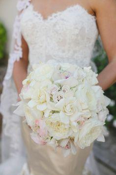 Elegant white gardenia and garden rose bouquet | Photography: Greer G Photography - greergphotography.com  Read More: http://www.stylemepretty.com/2015/06/02/traditionally-elegant-black-tie-wedding-in-new-orleans/