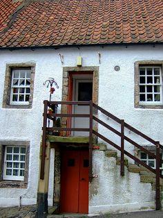Culross, Firth of Forth, Fife, Scotland Best Of Scotland, Scotland Uk, Cool Places To Visit, Places To Go, England Ireland, Arran, Inverness, British Isles, Edinburgh