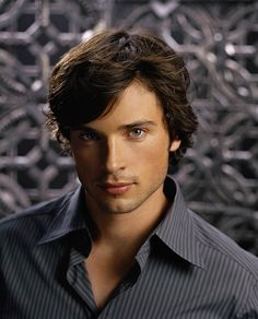Clark Kent (Tom Welling) - Smallville Season 5