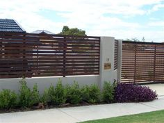 Google Image Result for http://directory.domain.com.au/images/800x600/adaptive/b/c/c/b/48331_1332673623_slat-fence-and-double-slat-gates.jpg