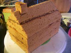 Χριστουγεννιατικα σπιτάκια από κέικ ! Xmas Food, Cornbread, Gingerbread Houses, Cookies, Ethnic Recipes, Drink, Strawberry Shortcake House, Crack Crackers, Biscuits