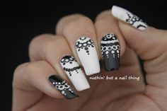 40 Great Nail Art Ideas - Black and White