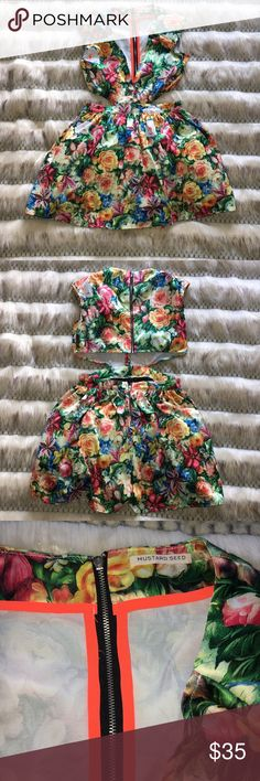 ✨Floral Cut out Dress✨ The cut out starts on the side and goes all the way to the back. The dress part of the dress has tulle to make the skirt part seem full. Only worn once.  Pet Free Home 🏡  Smoke Free Home 🏠 Mustard Seed Dresses