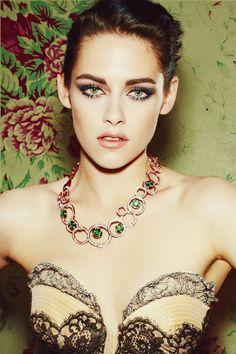 femme fatale style ala Kristen Stewart