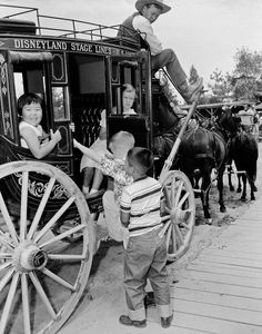 34 vintage photos of Disneyland that will make you want to be a kid again - Frontierland, based on the escapades of cowboys and pioneers in the American Old West, featured few attractions at the start. Children traveled across the expanses of wilderness in old-fashioned stagecoaches and on pack mules. Source: Disney