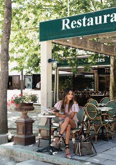 Le Café – Sincerely Jules