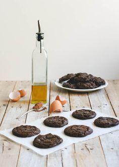 Olive Oil and Sea Salt Brownie Cookies http://butterlustblog.com/2013/08/06/olive-oil-sea-salt-brownie-cookies/